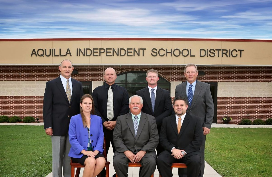Aquilla School Board members